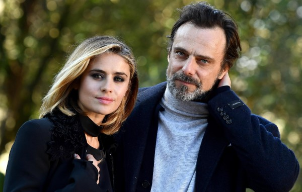 Alessandro Preziosi e Greta Scarano