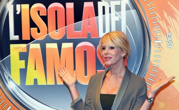 Alessia Marcuzzi conduttrice dell'Isola dei famosi