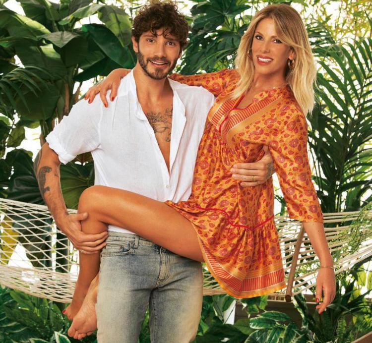 Stefano De Martino e Alessia Marcuzzi Foto del settimanale Chi