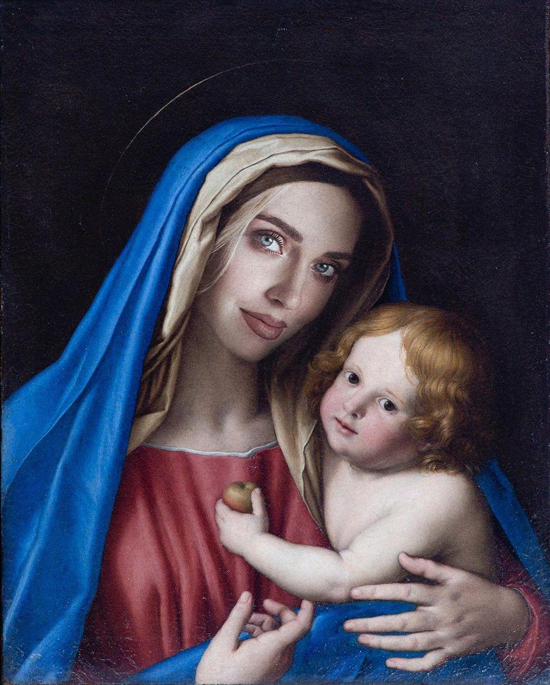 Chiara Ferragni nelle vesti della Madonna