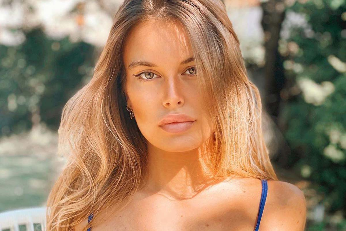 Sophie Codegoni, Trono Classico, Uomini e Donne esterna