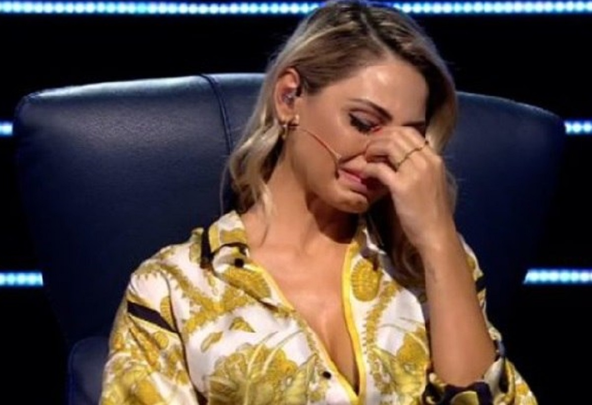 Le lacrime di Anna Tatangelo a All Together Now