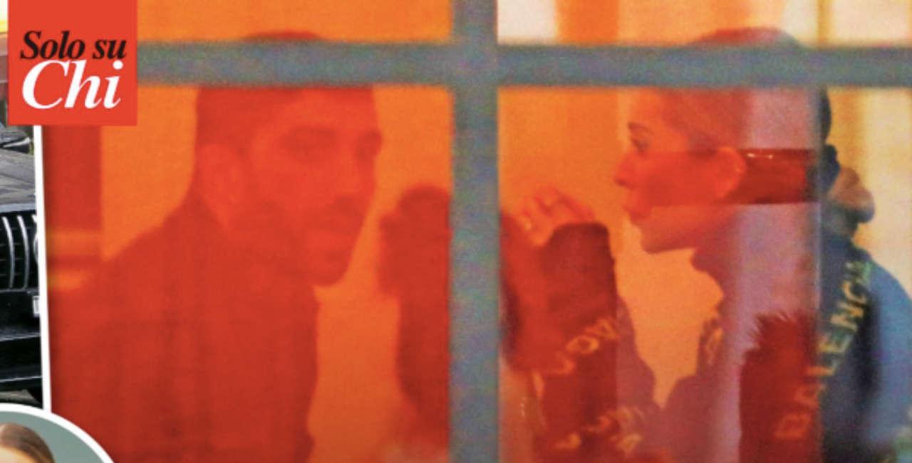 Il settimanale Chi ha paparazzato Andrea Iannone e Natasha Tozzi
