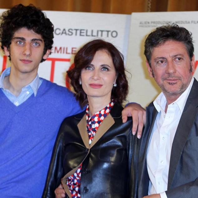 Pietro Castellitto con sua madre, la scrittrice Margaret Mazzantini, e suo padre Sergio