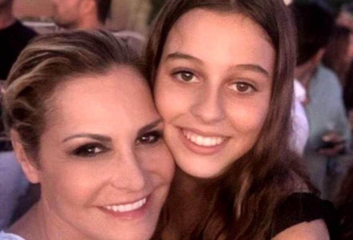 Simona Ventura e la figlia adottiva Caterina