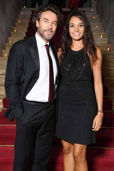 Un altro scatto di Alessio Boni e la sua compagna Nina Verdelli