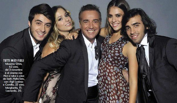 Massimo Ghini e i suoi quattro figli / Foto: MammeOggi.it