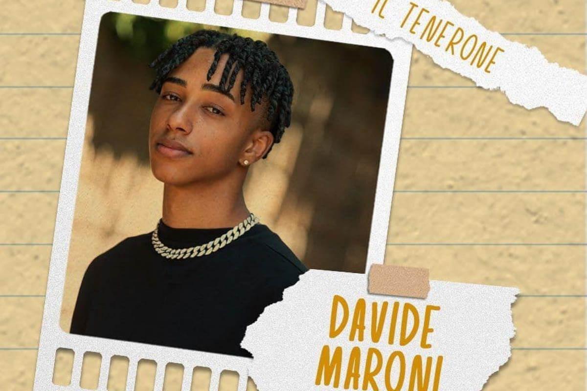 Il Collegio 6, cast: chi é Davide Maroni, l'alunno più famoso su Tik Tok? Età, Backstories, video, genitori, Instagram