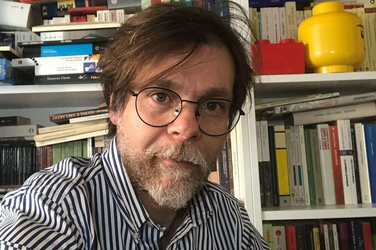 Il Collegio, chi è Luca Raina, professore di Storia e Geografia? Età, moglie, figli, libri, curriculum, Instagram